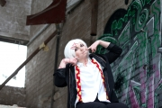 Cosplay-Fotoshooting mit Nanoe Jinshigo als Juuzou Suzuya aus Tokyo Ghoul