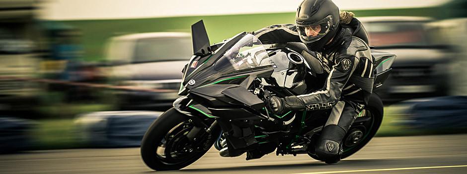 Kawasaki Ninja H2R beim Odenwaldring Klassik 2015