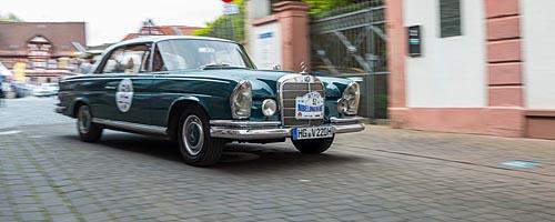 Oldtimer-Rallye Nibelungenfahrt 2014: Mercedes-Benz 220 SE Sb Coupé, Baujahr 1963
